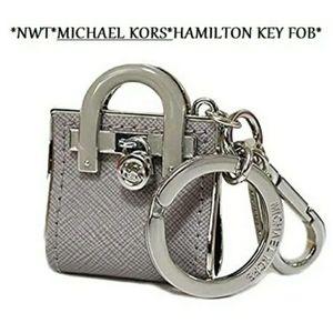 NWT MICHAEL KORS Pearl Grey Hamilton Mini Keychain